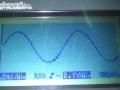 výstupní signál na osciloskopu